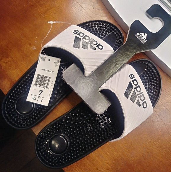 adidas Shoes - NWT AUTHENTIC ADIDAS SLIDE ON SANDALS